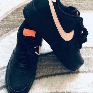 Nike Air Force 1 Low black crimson tint